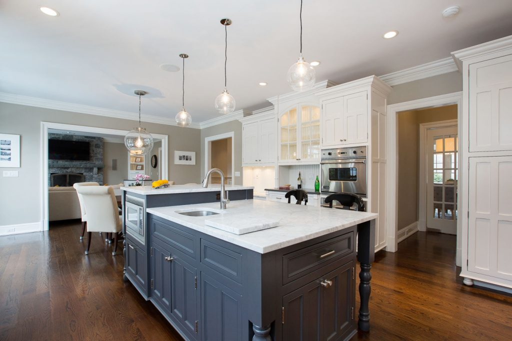 Home · Portfolio Gallery; Transitional Colonial Kitchen Modern Classic