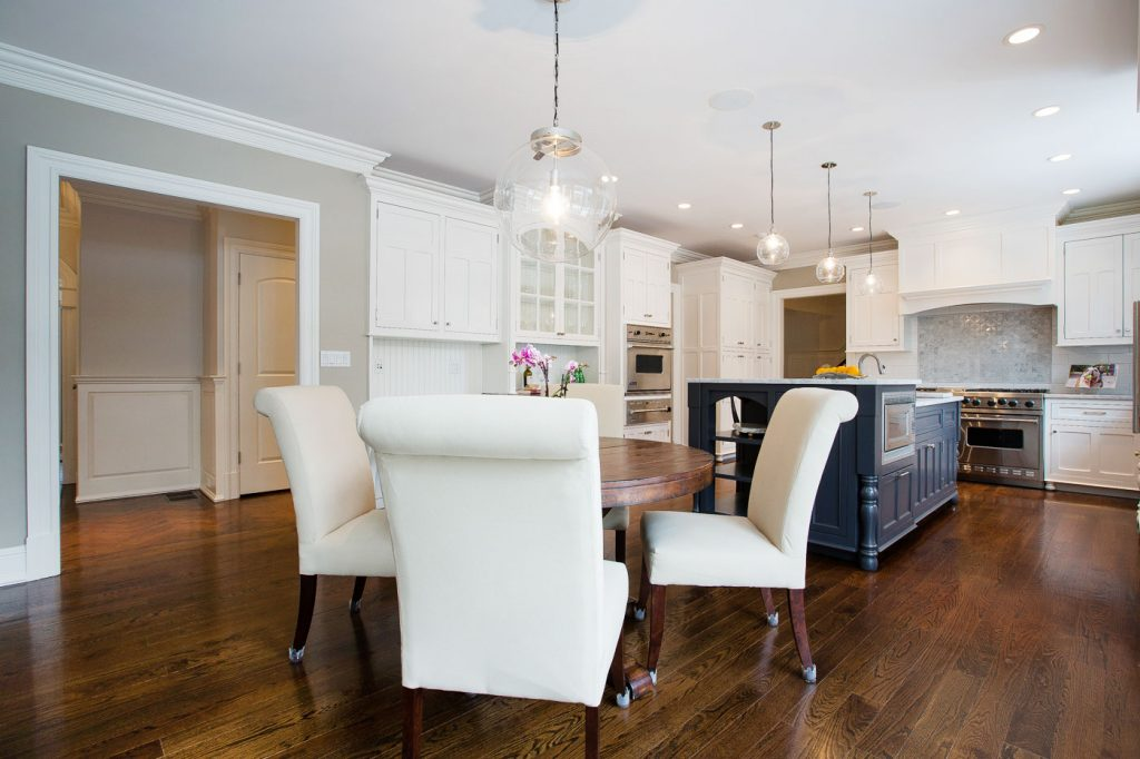 Transitional Colonial Kitchen Modern Classic - Maria Matluck